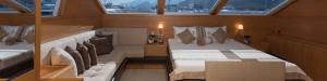 Sensational Service Luxury Yacht Charter